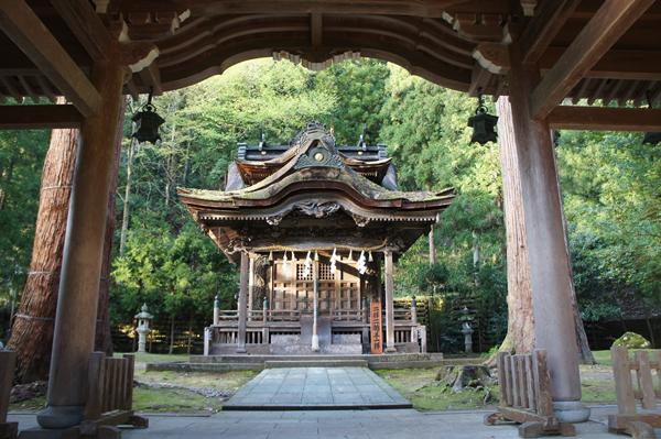 大滝神社・岡太神社
