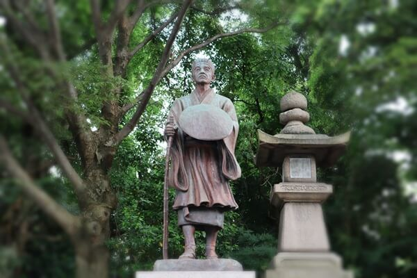 松尾芭蕉の像