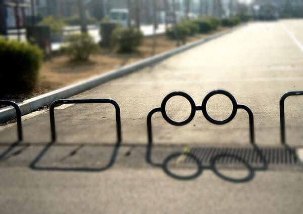 メガネのデザイン駐車場