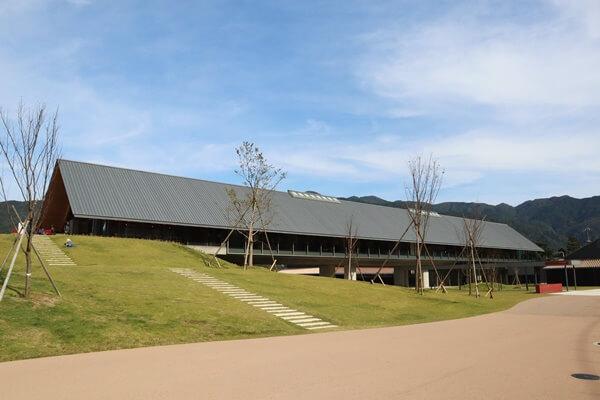 福井県年縞博物館の建物
