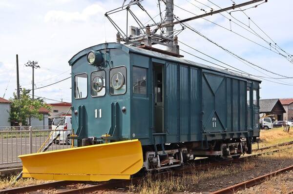 福鉄ラッセル車