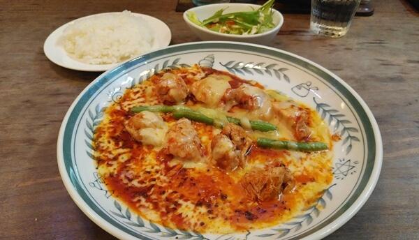 鶏肉チーズナポリ風焼き