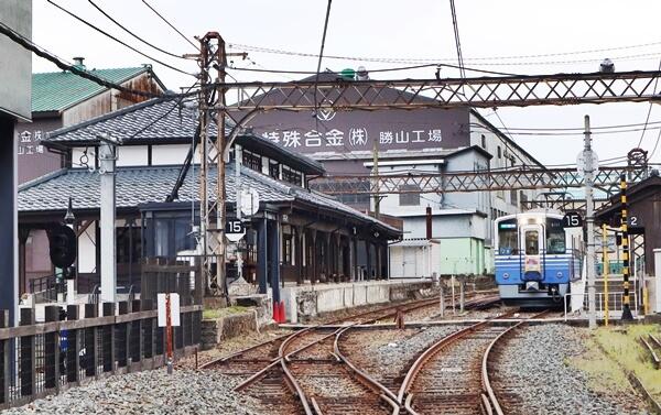 えち鉄の勝山駅
