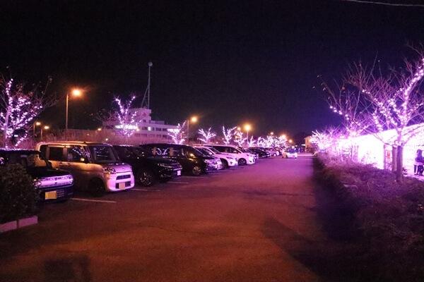 金ヶ崎緑地の駐車場