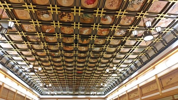 絵天井の間