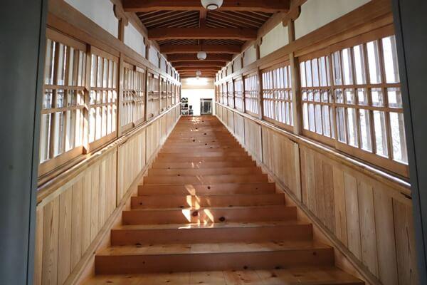 吉峰寺の廊下