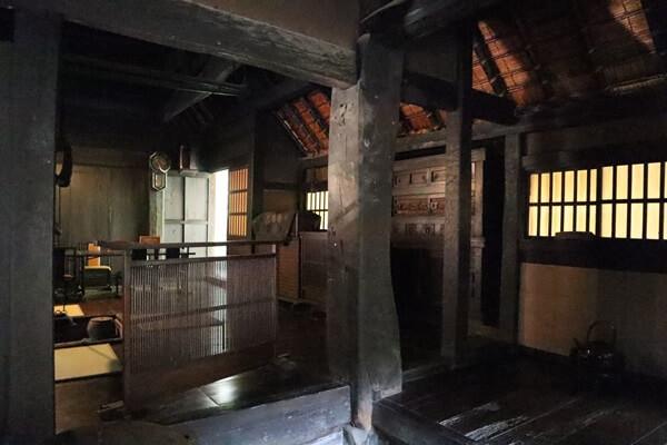 千古の家の柱