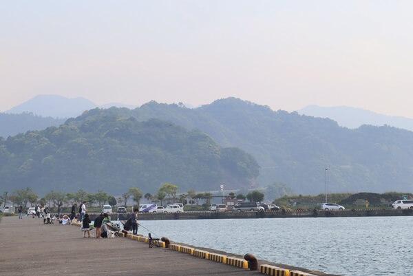 小浜漁港で釣り