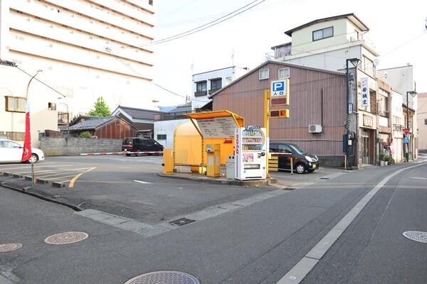 平成通り駐車場