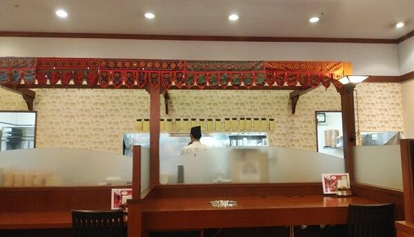 ネパール・インド料理の店