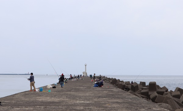 三国港の釣り場