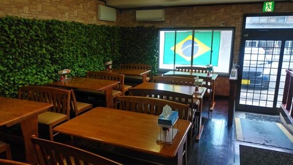 CAMINHO DO SABORの店内の席