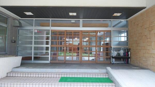 クライミングウォールの入口