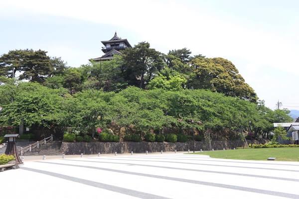 丸岡城の公園