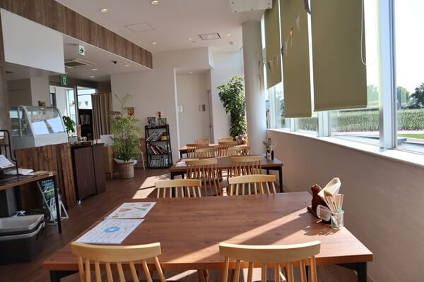 ゆりの里のカフェ