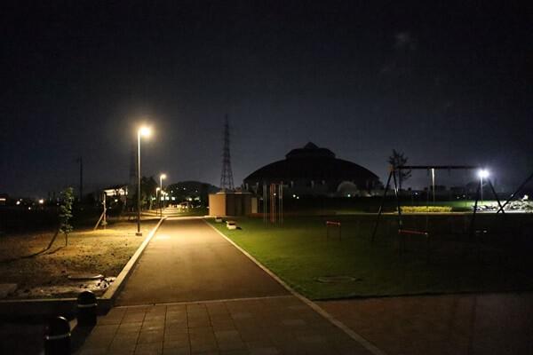 瓜生水と緑公園のライトアップ