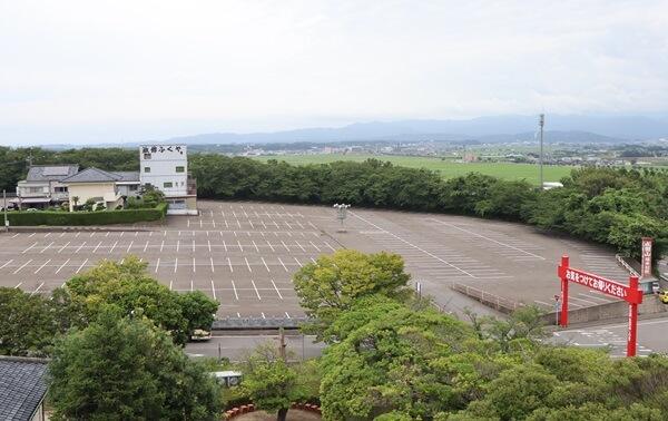 三国成田山の駐車場