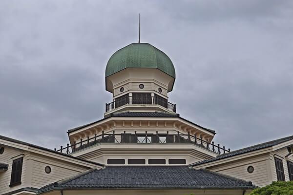 丸みを帯びた屋根