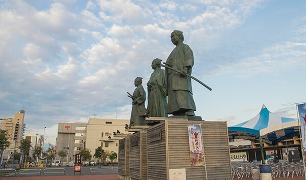 高知の銅像