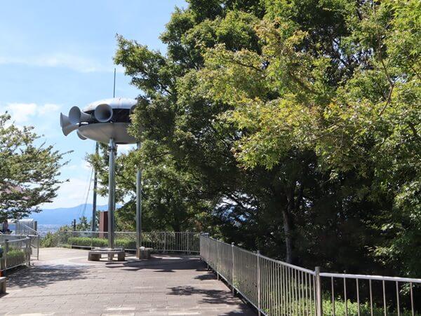 西山公園のスピーカー