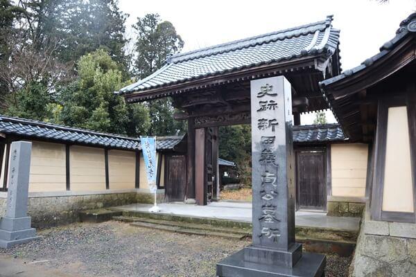 称念寺の入口