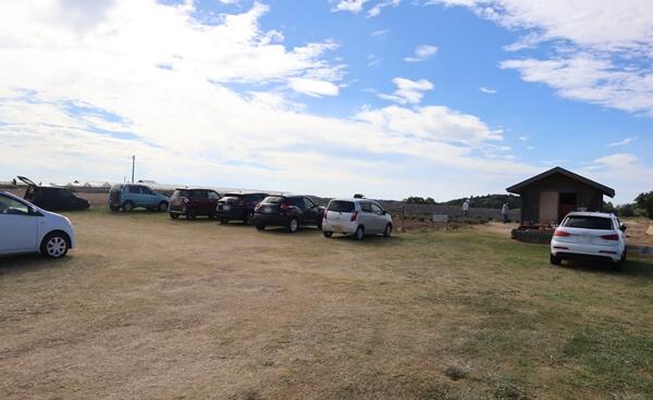 三国ラベンダーファームの駐車場