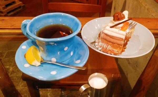 eカフェのケーキ