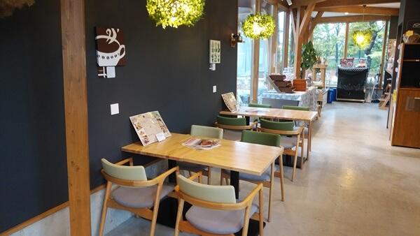 まあるカフェの店内