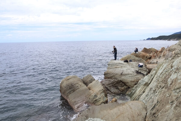 軍艦岩の釣り